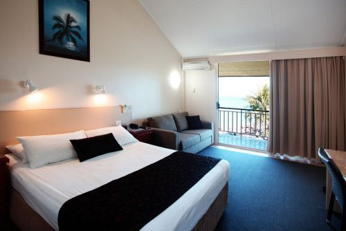 Whitsunday Sands - Geraldton Accommodation