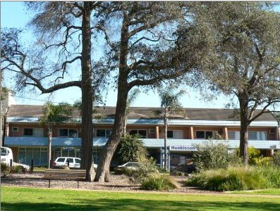 Huskisson Beach Motel - Geraldton Accommodation