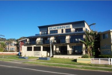 Beach House Mollymook - Geraldton Accommodation