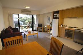 Quest Mont Albert - Geraldton Accommodation