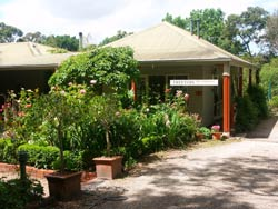 Treetops Bed And Breakfast - Geraldton Accommodation