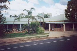Clermont Motor Inn - Geraldton Accommodation
