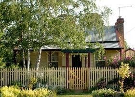 Rossmore Cottage - Geraldton Accommodation