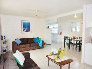 Lucinda Holiday Rentals  - Geraldton Accommodation
