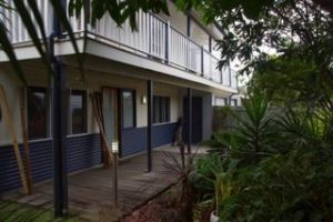 Moffat Beach Pet Friendly Holiday House - Geraldton Accommodation