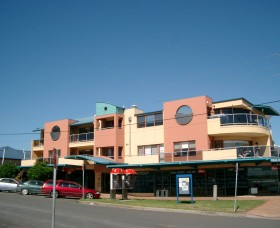 Heavenly Huskisson - Geraldton Accommodation
