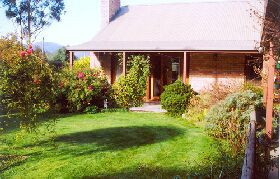 Canowindra Cottage - Geraldton Accommodation