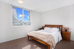 Astra Apartments - Melbourne Docklands - Geraldton Accommodation