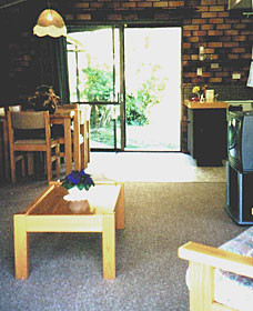 Falls Forest Retreat - Geraldton Accommodation