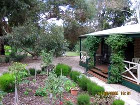 Barossa Country Cottages - Geraldton Accommodation