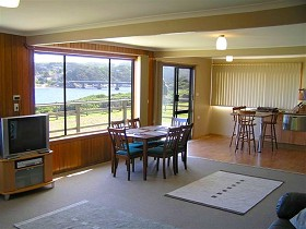 Authur River Beach House - Geraldton Accommodation
