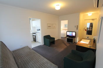 Drummond Apartments Services - Geraldton Accommodation