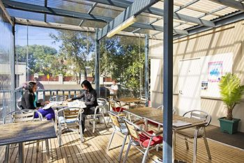 Cambridge Lodge - Hostel/Backpacker - Geraldton Accommodation