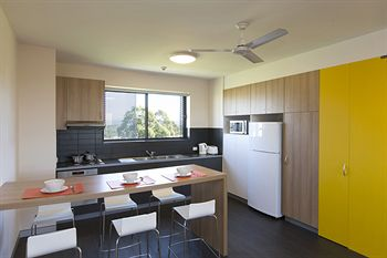 Western Sydney University Village Penrith - Geraldton Accommodation