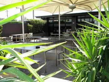 Crossroads Hotel Liverpool - Geraldton Accommodation
