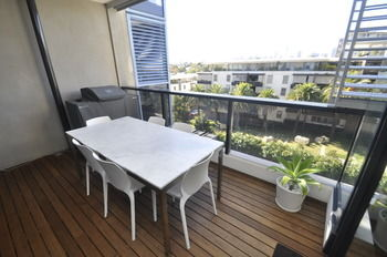 Camperdown 608 St Furnished Apartment - Geraldton Accommodation
