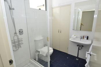 Camperdown 7 Dun Furnished Apartment - Geraldton Accommodation