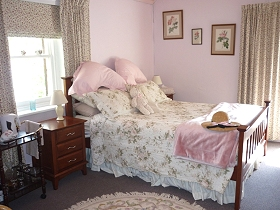 Old Colony Inn Bed and Breakfast  Accommodation - Geraldton Accommodation