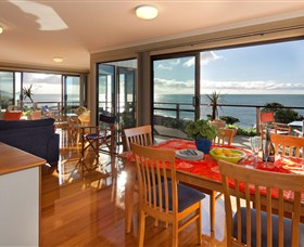 Boat Harbour Beach House - The Waterfront - Geraldton Accommodation