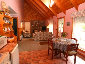 Rosebank Cottage Collection - Geraldton Accommodation