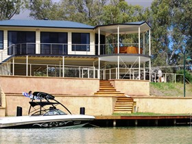 Cascades on the River - Geraldton Accommodation