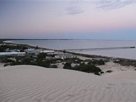 Fowlers Bay Caravan Park - Geraldton Accommodation
