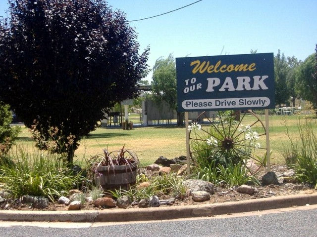 Country Club Caravan Park - Geraldton Accommodation