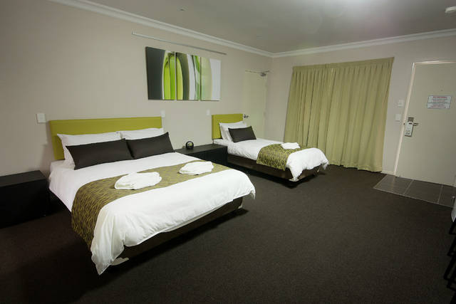 Drovers Motor Inn - Geraldton Accommodation