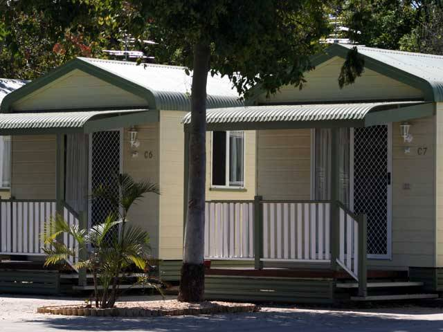 Emerald Cabin  Caravan Village - Geraldton Accommodation
