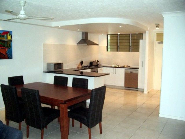 Hamilton Island Private Apartment - The Lodge