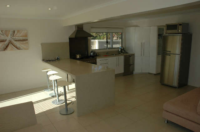 Joylaine Beach House - Geraldton Accommodation