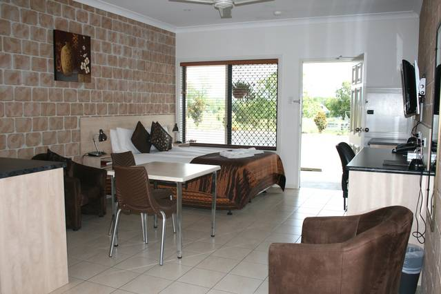 Kyogle Country Inn - Geraldton Accommodation