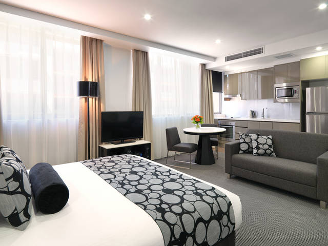 Meriton Serviced Apartments - North Ryde - Geraldton Accommodation