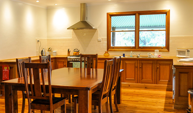 Capertee Homestead 'Port Macquarie' - Bogee - Geraldton Accommodation