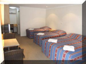 Tenterfield Tavern  Motor Inn - Geraldton Accommodation