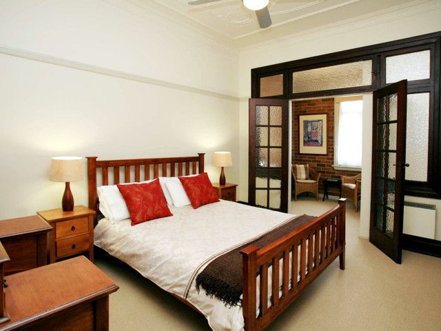 The Bank Guesthouse - Geraldton Accommodation