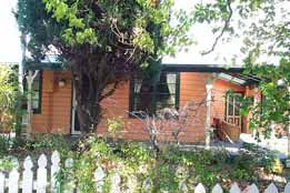 Times Past Bed  Breakfast - Geraldton Accommodation