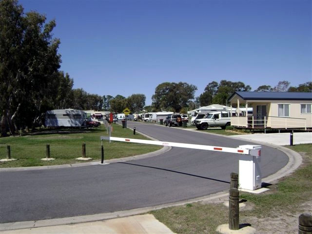 Toorbul Caravan Park - Geraldton Accommodation