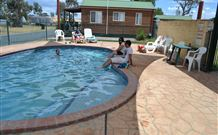 Holbrook Motor Village - Geraldton Accommodation
