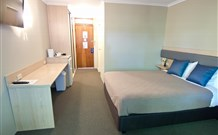 Lakeview Hotel Motel - Oak Flats - Geraldton Accommodation