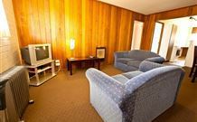 Snowy Mountains Motel - Adaminaby - Geraldton Accommodation