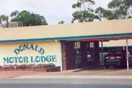 DONALD MOTOR LODGE - Geraldton Accommodation