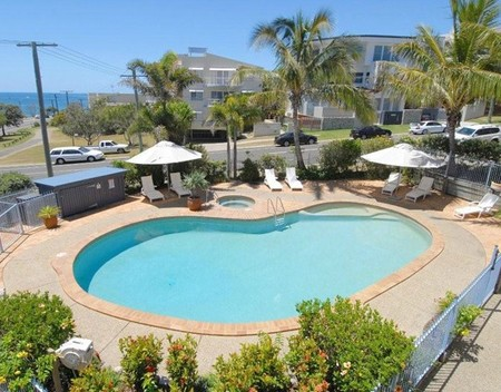 Pandanus Coolum Beach - Geraldton Accommodation
