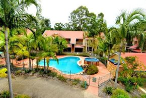 Beach Court Holiday Villas - Geraldton Accommodation