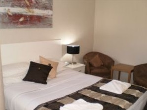 Country Leisure Motor Inn - Geraldton Accommodation