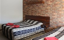 Woomargama Village Hotel Motel - Geraldton Accommodation