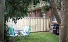 2 Dogs Cottages - Lemon - Geraldton Accommodation