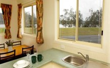 Mavis's Kitchen and Cabins - Geraldton Accommodation