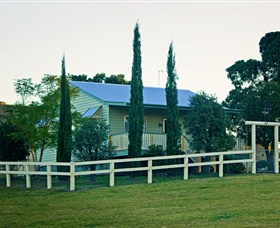 Milford Country Cottages - Geraldton Accommodation