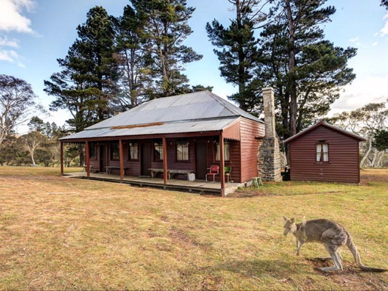 The Pines Cottage - Geraldton Accommodation